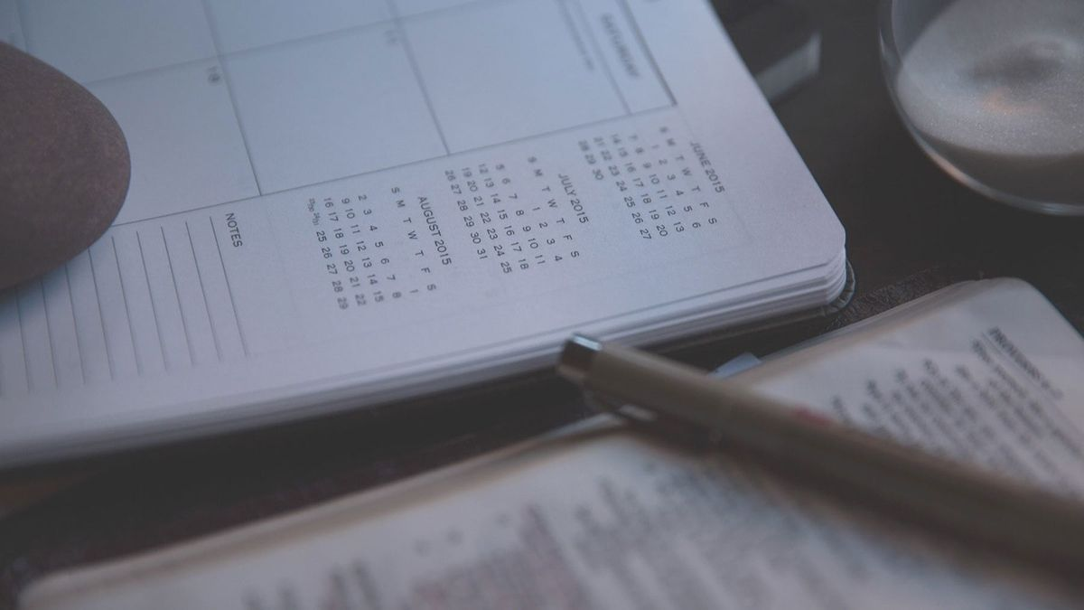 How to Find Amazing Content for Your Social Media Calendar (And Save Yourself Hours of Work)