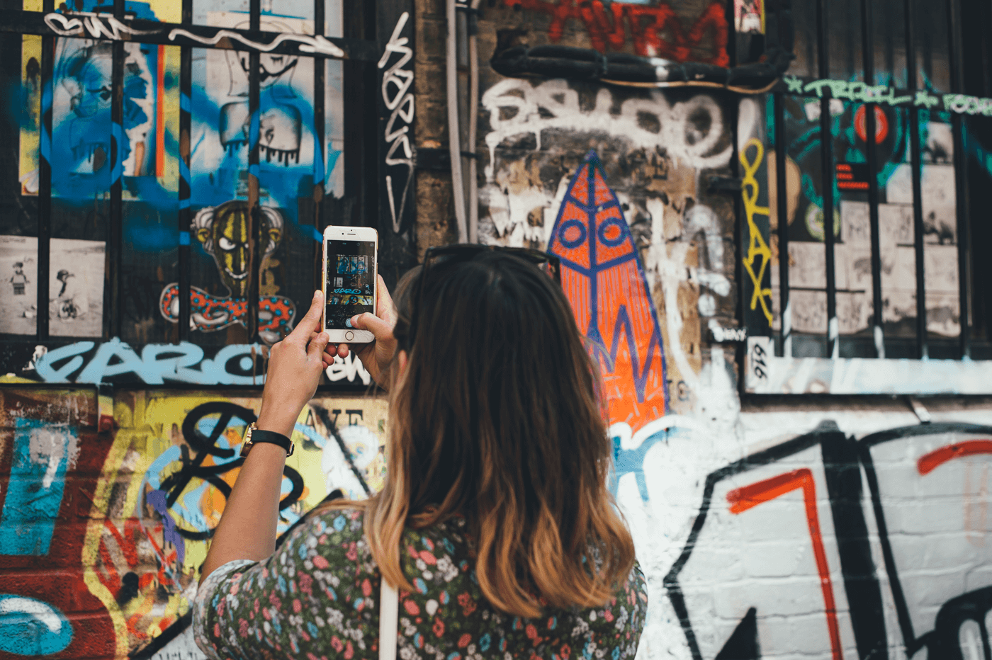Instagram for Business: 30 Tips to Grow Your Audience and Stand Out on Instagram