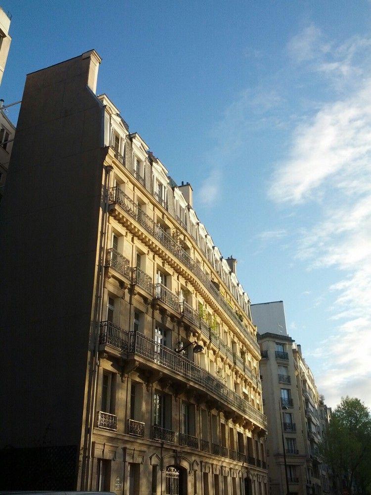 Paris façade