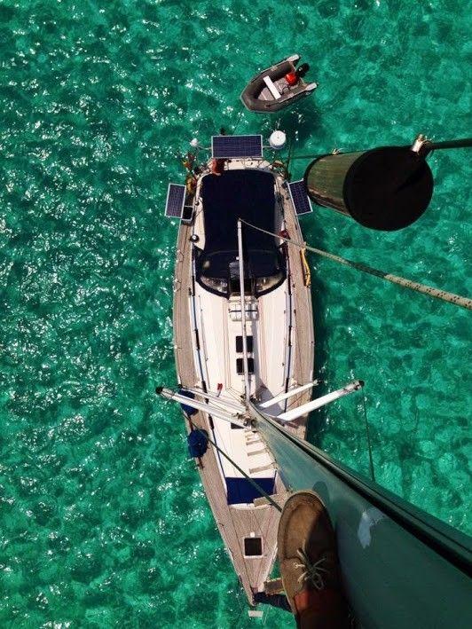 The yacht Dory